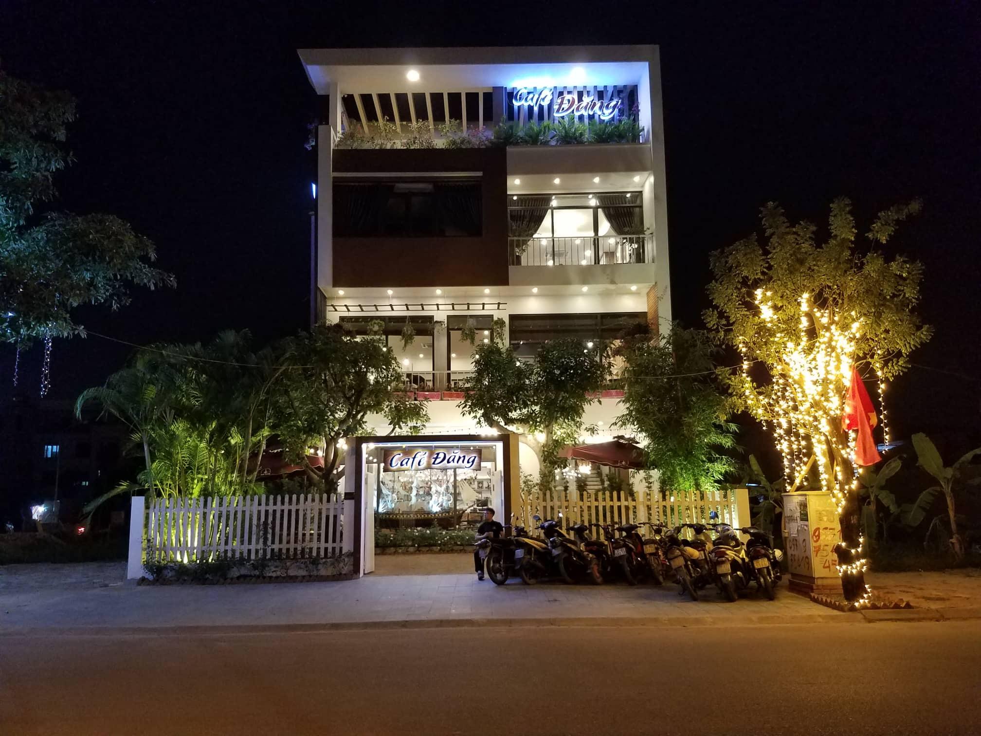 mo-hinh-quan-cafe-dang