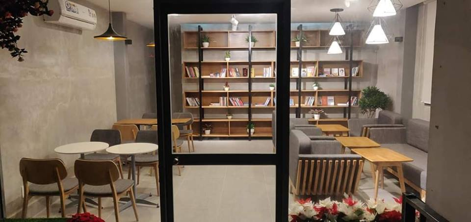 khong-gian-noi-that-ben-trong-HD-coffee-house-phu-quoc (5)